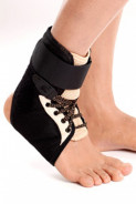 TYNOR ANKLE BRACE D- 02